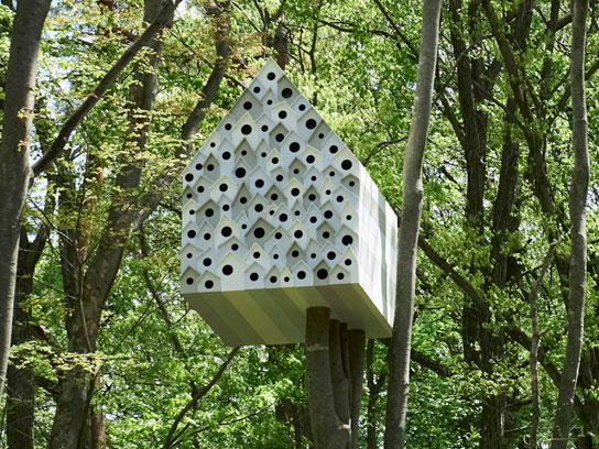 03-birdhouses-japanese-apartment-fsl